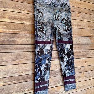 3for$15 Closet Sale! Evolution & Creation legging